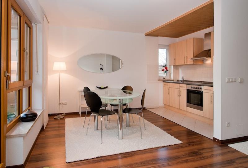 Essbereich:Küche-vor-dem-IMMOstyling-homestaging-9b